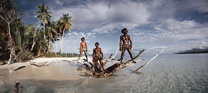 Мужчины с острова Ра-Лава из племени Ни Вануату, острова Вануату.